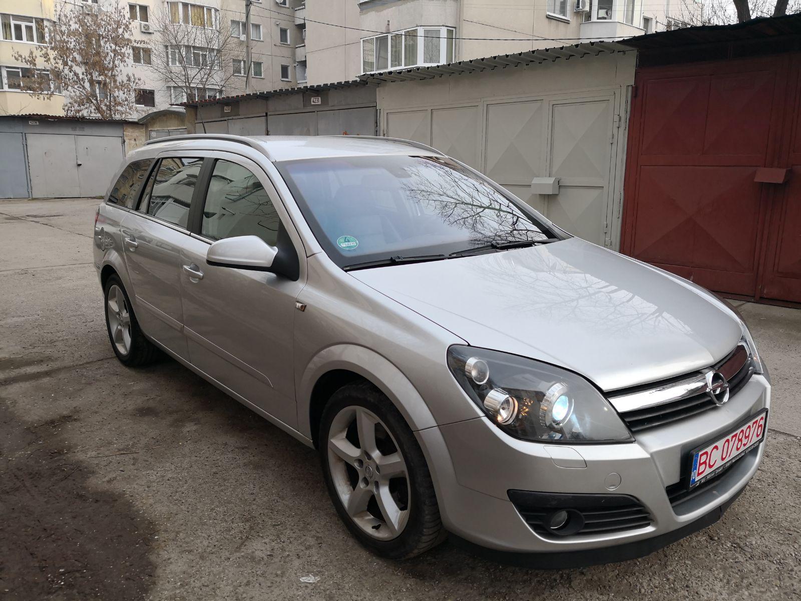 Opel Astra H 1.9 CDTI Cosmo 150 CP XENON, NAVI , PIELE – 3.490 EURO on